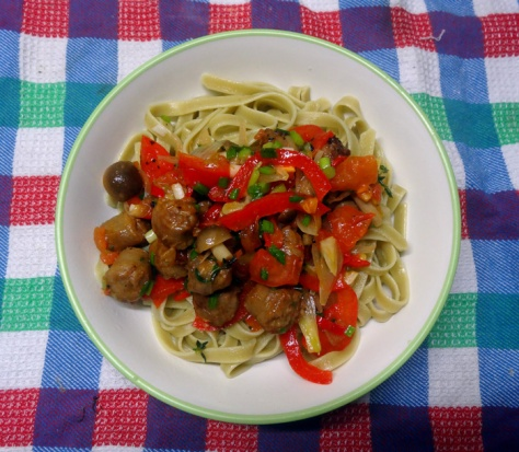 Linguine with salsiccia and vegetables