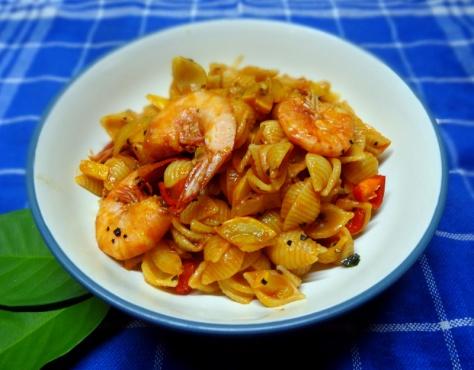 Fennel-Prawn pasta