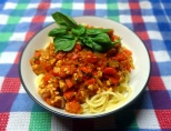 Spaghetti chicken meat sauce