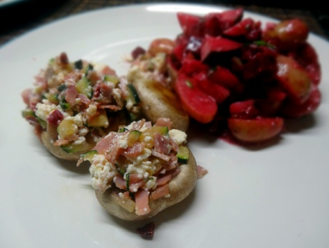 Mushrooms stuffed with zucchini, hamand feta