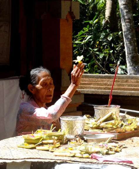 Balinese lady praying